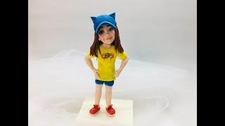Обзор фигурки девочка в кепке