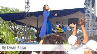 BARA BERE - SITI BADRIAH   Yamaha Family Day 2018   Cantiknya si Badriah