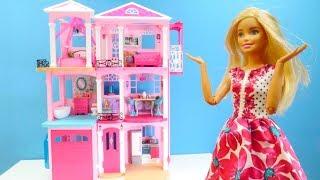 Barbie'nin Rüya evi; Kutuyu açalım ve evi yapalım.