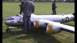 WORLDS BIGGEST RC PLANE