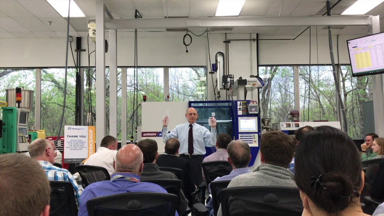 Bozzelli Offers At-the-Press Injection Molding Training