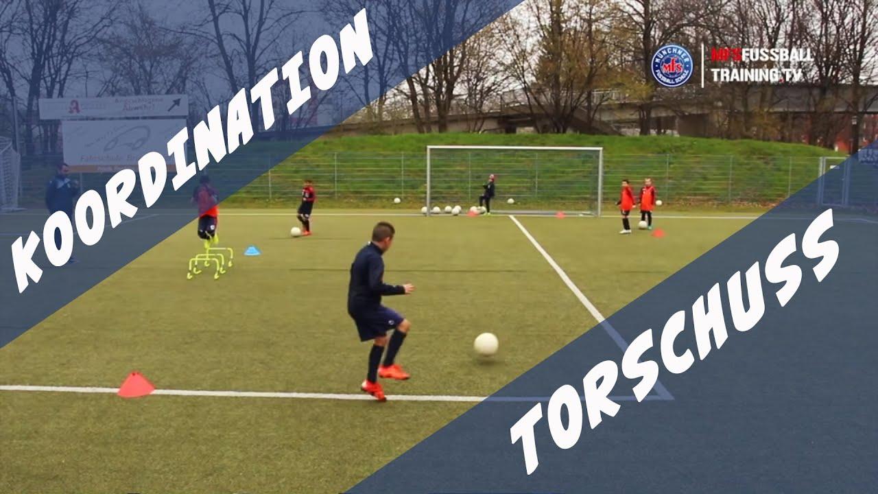 Koordinationstraining Fussball Fur Kinder Dreisprung
