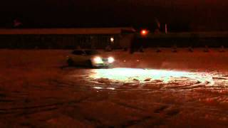 Subaru Legacy 3.0 donuts on ice (part 3)