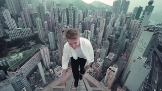 Gambar cover Mind-Blowing Rooftop Parkour w/ Oleg Cricket   URBEX