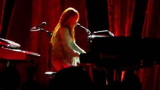 Tori Amos - Body and Soul @ Radio City Music Hall, NYC 08-13-2009