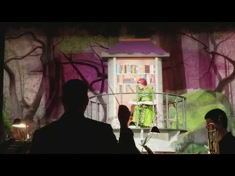 Julia's performance from Shrek the musical