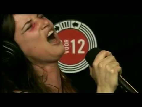 Juliette Lewis - Somebody To Love (Unplugged, Pinkpop 2007)