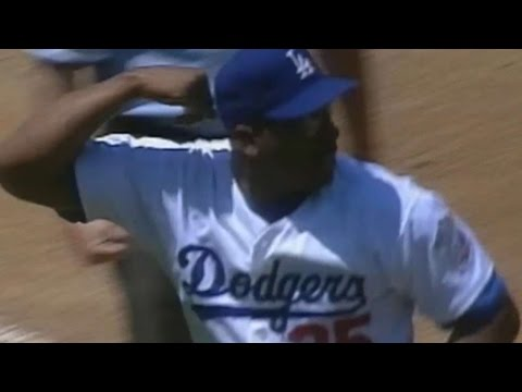 Dodgers' first triple play at Dodger Stadium