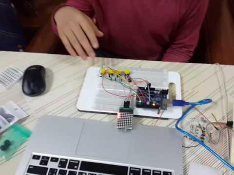 Arduino矩陣---貪吃蛇原型