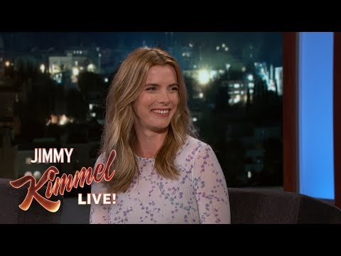 Betty Gilpin on Glow, Emmy Nomination \u0026 Getting a Concussion