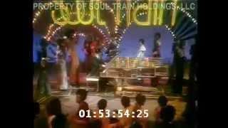 Elton John - Bennie & the Jets (Soul Train 1975)