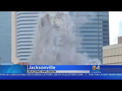 Eric Hunter - The Old City Hall Building In Jacksonville is Imploded