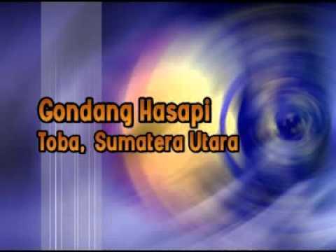 Listen Gondang Hasapi Toba North Sumatera Indonesia