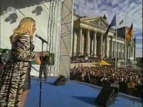 Melanie Thornton - Love how you love me (Live @ Gemeinsam Gegen Terror Konzert, Berlin, 2001)