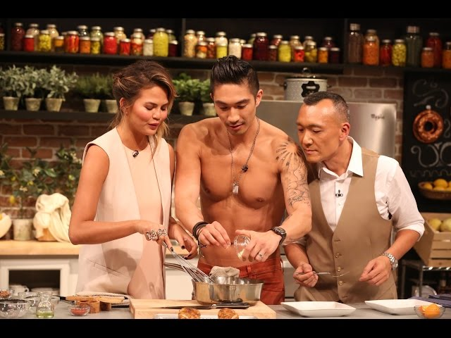 Chrissy Teigen and Chef Ronnie Woo Cooking Pan-Fried Chicken