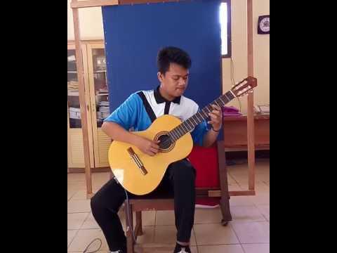 Gitar Klasik by Roly Heri Hervana