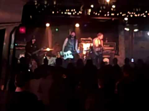 """flexx bronco """"POP"""" bottom of the hill from YouTube · Duration:  4 minutes 11 seconds"""
