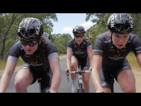 Motorpacing session ahead of Cadel's Race