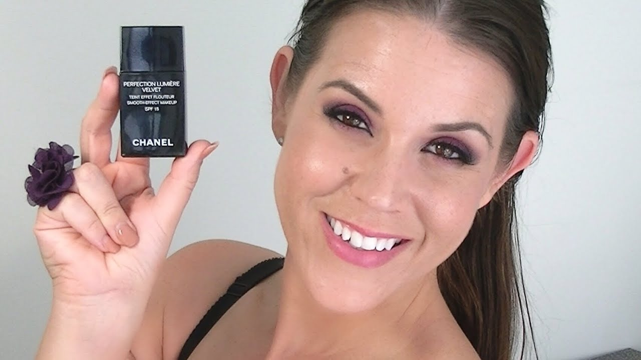 CHANEL Perfection Lumiere Velvet Foundation: Review & Demo