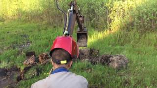 Homemade excavator 1.0 and its operation