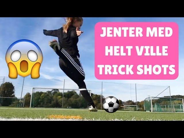 JENTER MED FOTBALL SKILLS