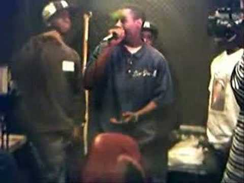 Shea Davis Freestyle @ Crack Distributors Radio