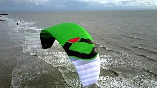 This video is about the latest kite from Ozone - The Hyperlink Quic...