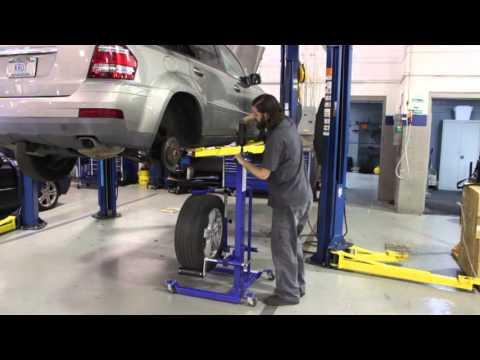 BluePoint QikLift Tire Lifter