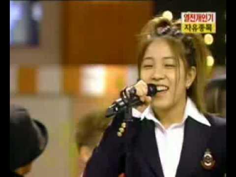 BoA Imitating Random Singers