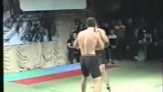 Azeri vs Armani qaydasiz doyus