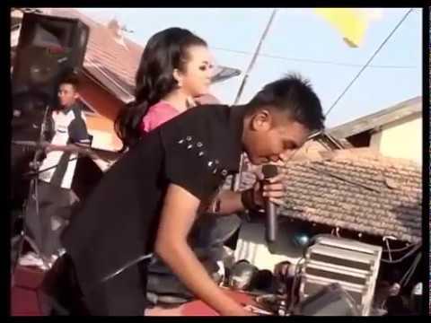 10. JAMU PEGEL MLARAT VIVI ROSALITA Feat GERRY MAHESA NEW PALLAPA PPC PEMUDA PACAR COMMUNITY 2015