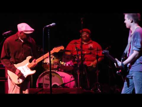 Buddy Guy - Opening Night Experience Hendrix Tour 2012