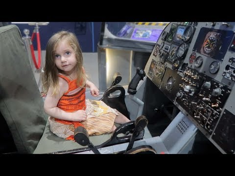 Pretending to Fly Airplanes - Tulsa Air and Space Museum