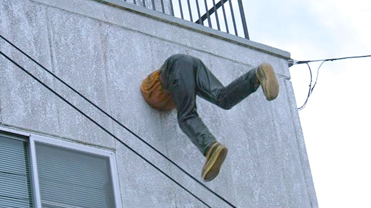 Download 15 People Who Got Stuck In Weird Places