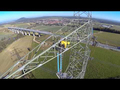 Pulling of conductors on a quadruple overhead power line 4x380 kV Südwest - Kuppelleitung