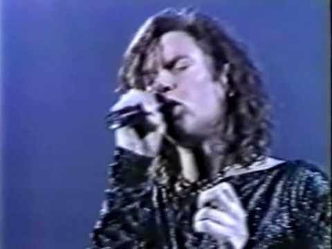 Duran Duran - A View to a Kill (TV live In Tokyo 1989)