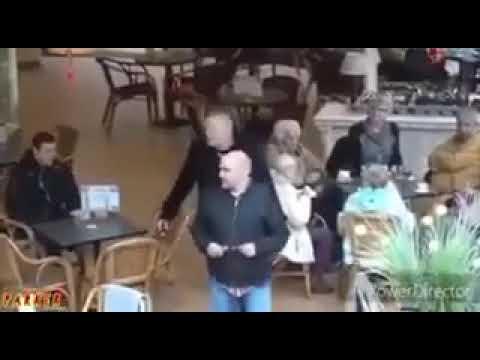 Мега отрыжка в кафэ