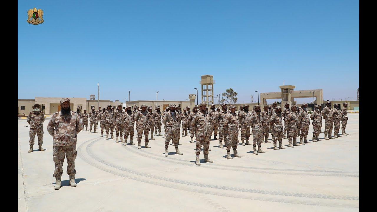كلمة القائد العام المُشير خليفة حفتر لجنود السرية العاشرة التابعة لكتيبة طارق بن زياد المقاتلة .