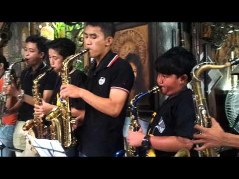 Kisah seorang pramuria -the Mercy's Saxophone