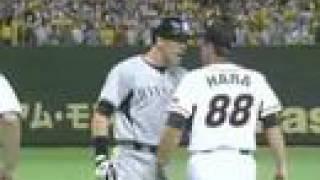 巨人vs阪神 シーツに原監督が両手を広げ「ホワーイ?それはノーだ!」 thumbnail