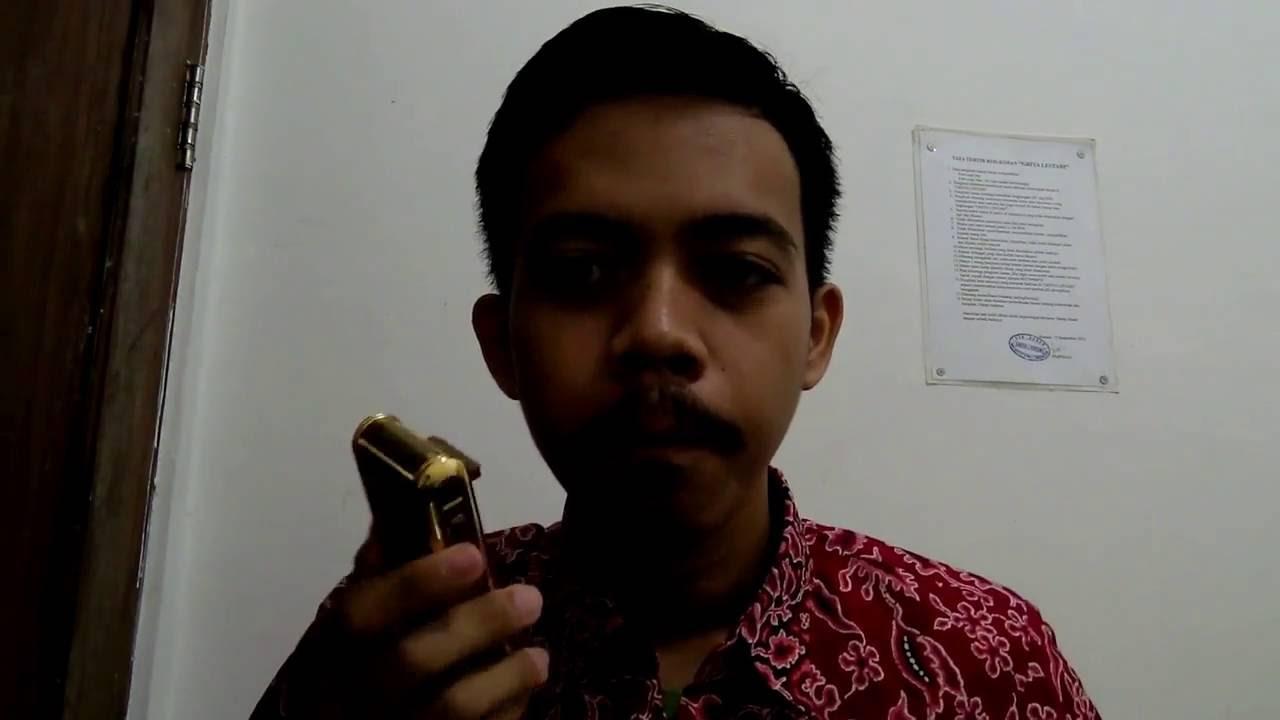 Alat Cukur Kumis dan Jenggot Elektrik Boteng Kemei Shaver Unboxing and  Review 4c99b9b17f