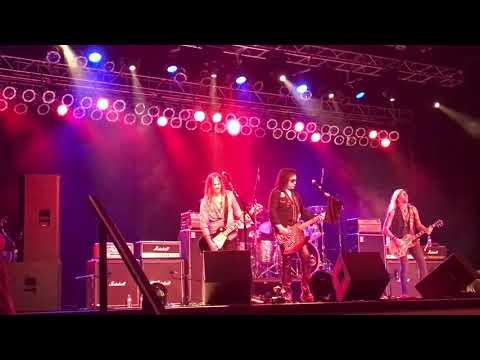 Gene Simmons Band Wall of Sound Shooting Star casino 8-11-17