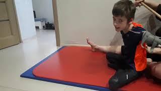 ЛФК при ДЦП Укреплеяем мышцы спины Родовая травма эпилепсия