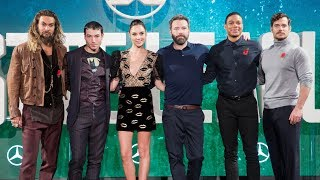 Justice League London Photocall - Gal Gadot, Ben Affleck, Henry Cavill, Jason Momoa