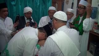 Rambut Rasulullah -Tangisan Walikota Banjarbaru dn Wakil mencium Rambut Rasulullah