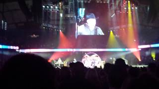 Garth Brooks with Trisha Yearwood World Tour Chicago 06 Papa Loved Mama