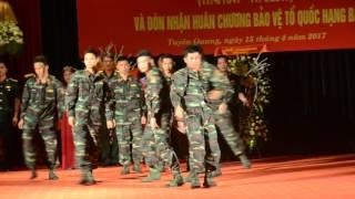 Hát múa : Tuyên Quang đổi mới - Đội VNQC Bộ chỉ huy Quân sự Tỉnh TQ