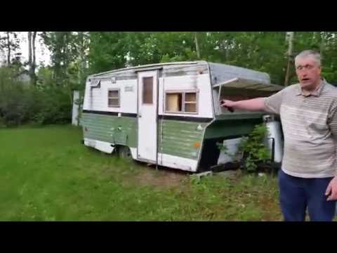 This old camper to restore