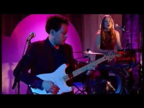 Metronomy - Side 2 - La Musicale - Live - 2014