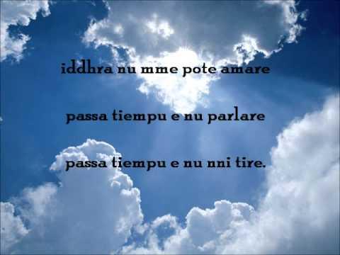 Nuvole Bianche (testo in salentino e traduzione)